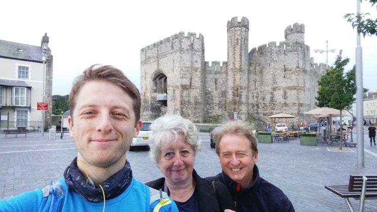 mvm-start-selfie-with-family